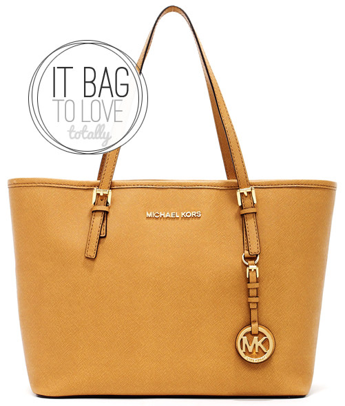 IT BAG   Michael Kors Jet Set Travel Tote 889d6d125b4