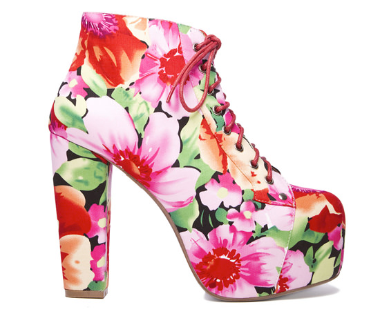 lita_flower_jeffrey_campbell
