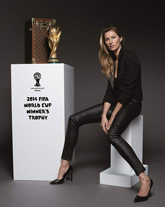 Louis_Vuitton_Malletier_Giselle_Bundchen_baule_mondiali_fifa_world_cup
