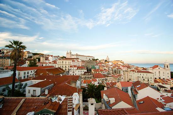 belvedere_lisbona_miradouro_city_guide