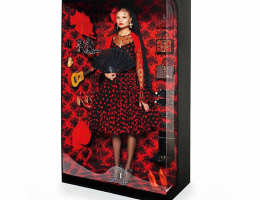 dolcegabbana-barbie-model-magdalena-frackowiak-as-a-doll-for-vogue-paris-by-giampaolo-sgura-doll