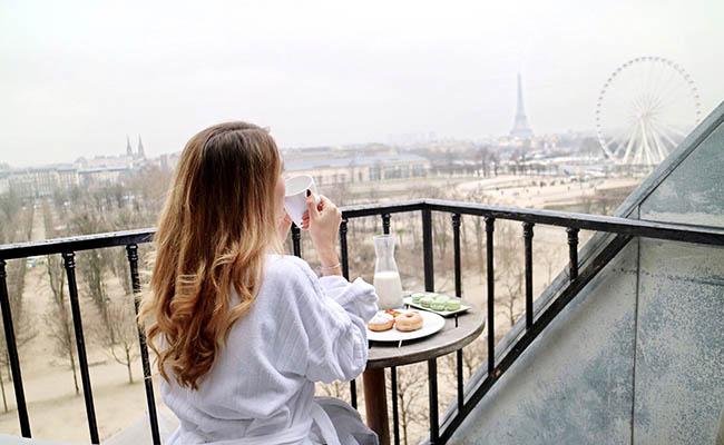 dove-alloggiare-a-parigi-hotel-vista-tour-eiffel